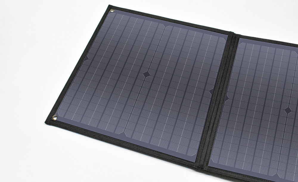 クマザキエイム ソルパ 折り畳みソーラーパネル 60W出力 EP-60SP 1台