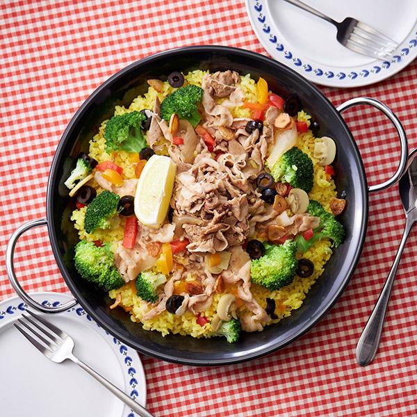 彩り豊かな野菜たっぷり、ヘルシー丼はいかが?
